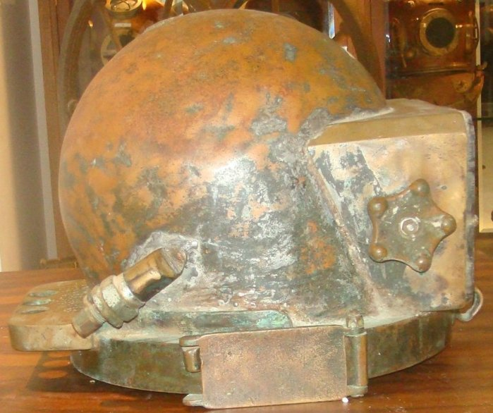 Desco Pot Diving Helmet 19