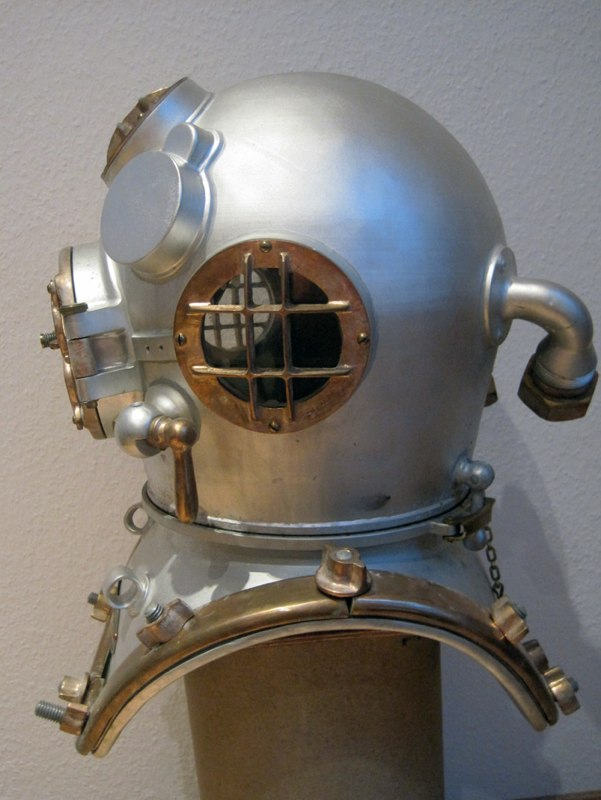 desco mark v diving helmet