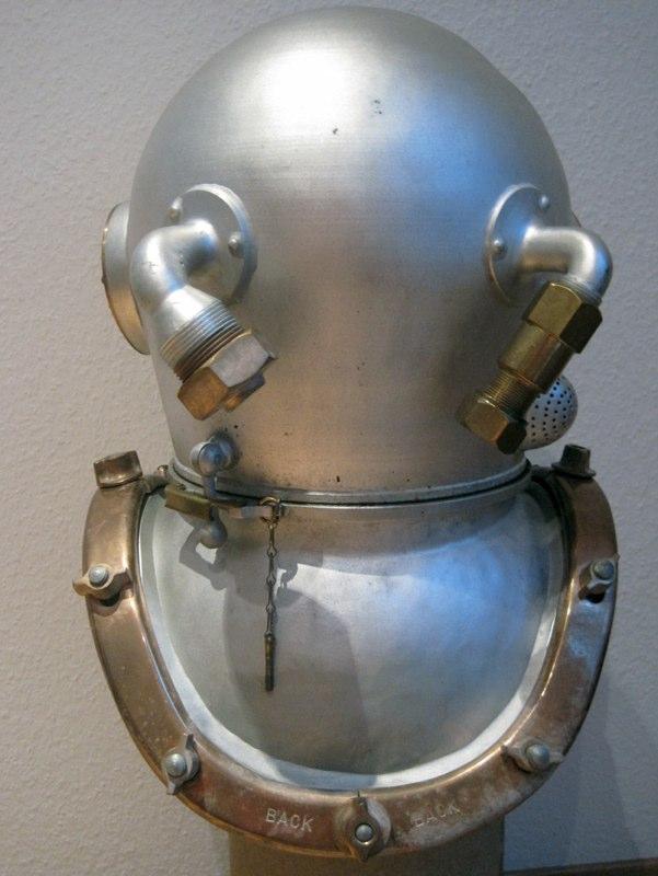 desco mark v diving helmet