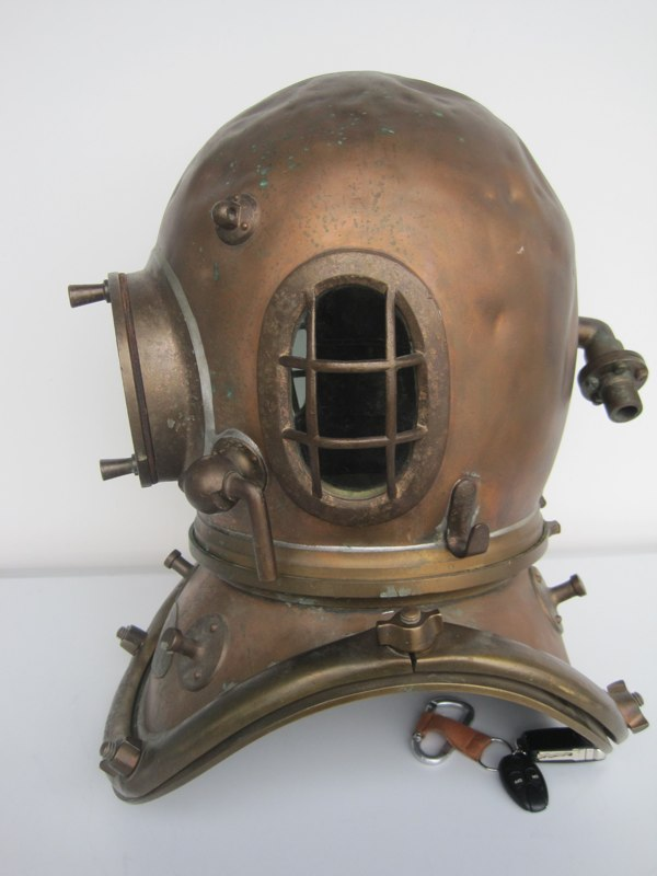 siebe gorman admiralty pattern 6 bolt diving helmet